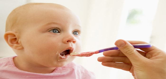 Dos and Don'ts for Feeding Solid Food for Baby
